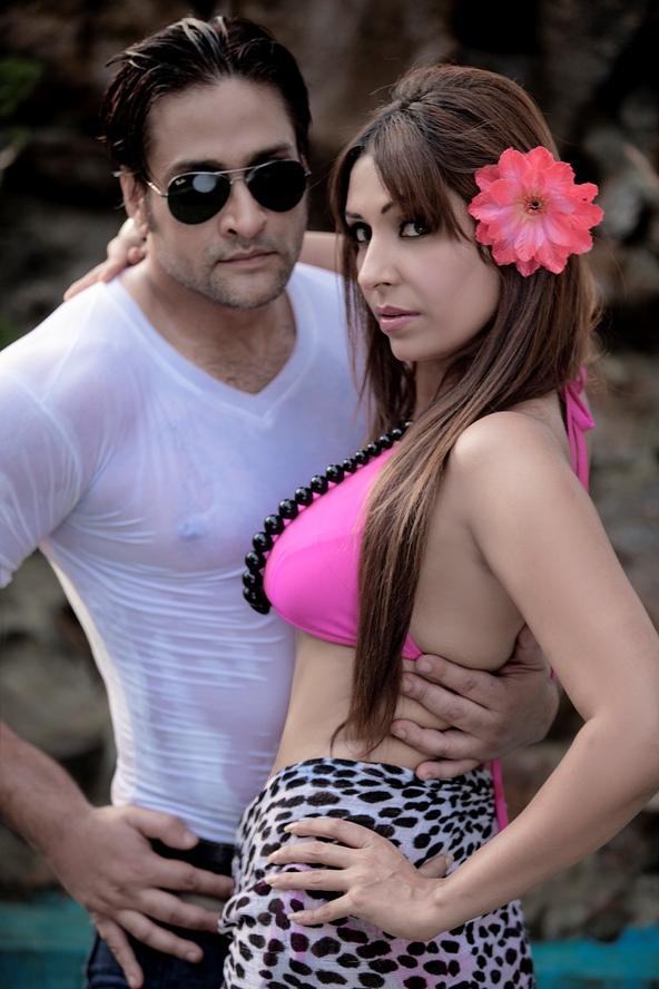Pooja Mishra Sizzles in Hot Pink Bikini !