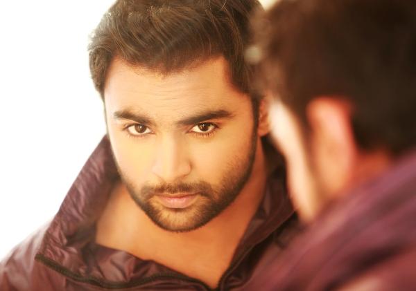 Sachiin Joshi to romance Mallika Sherawat in Mumbai Mirror
