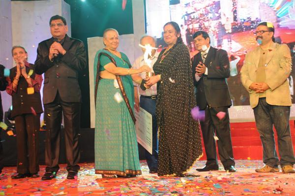 11th Annual Transmedia Gujarati Screen & Stage Awards – 2011