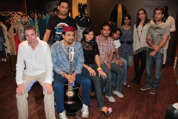 3rd Rock entertainm​ent brings Junnon to shop at KhushiZ store