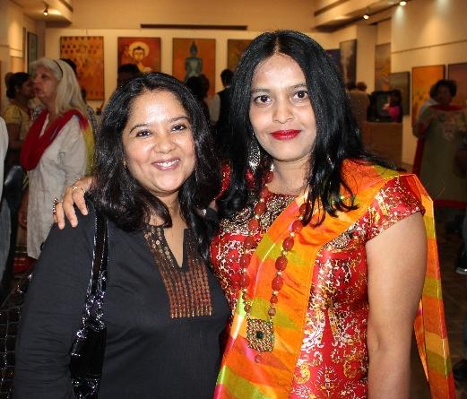 Payal Rohatgi-Sangram Singh and veteran artists  inaugurate curator Nitin Shete's Eclectic Blend art Exhibition !