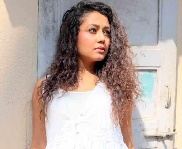 Neha Kakkar Shah Rukh Khan song English press release | Dumkhum®