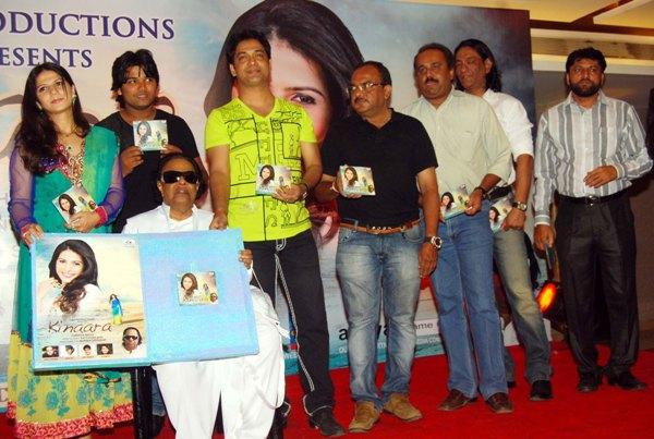 "Parveen Khan's First Music Album ""KINAARA"" Launched with stills"
