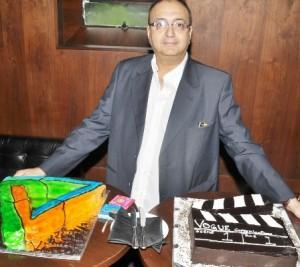 Viveck Vaswani Celebrates his 50th Birthday with Style !