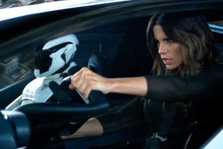 Beckinsale practices Yoga to stay fit
