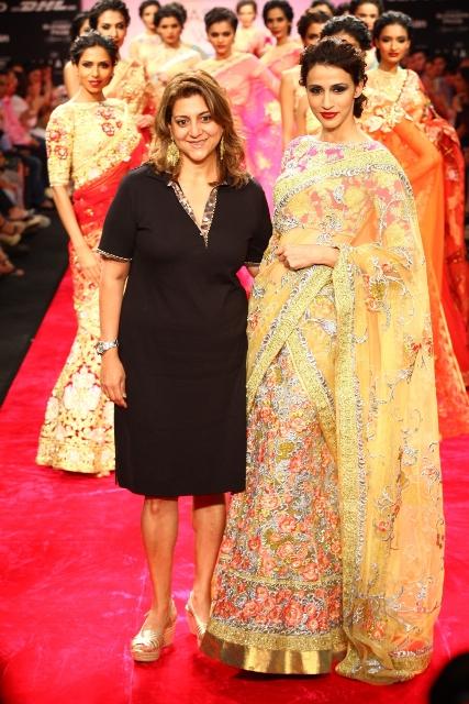 Bhairavi Jaikishan Created a Wonderful World of Ornate Traditional Fashion at Lakmé Fashion Week Winter/Festive 2012