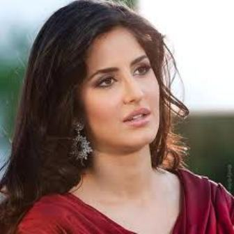 Katrina Kaif clarifies her Red Tilak Speculation !
