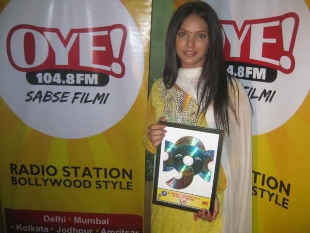 Neetu Chandra Thanks Ganesha with OYE! 104.8 FM for 100 Years of Indian Cinema