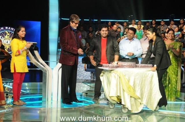 Kaun Banega Crorepati  12th October 2012 Friday 8:30pm   AB turns 70 on sets of KBC