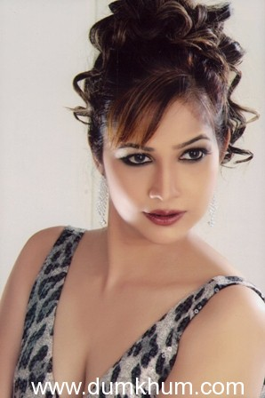 'Do me a favor… let's play Holi without water', Tanisha Singh