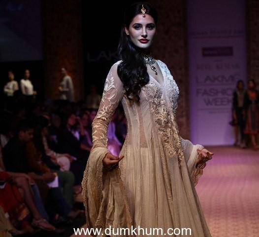 Nargis Fakhri walks the ramp for designer Ritu Kumar at LFW 2013