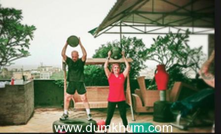Hrithik  Roshan Supervises his Parents Workout