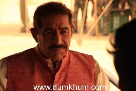 Dalip Tahil Plays four characters in War Chhod Na Yaar