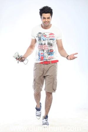 Bollywood all praise for Manish Paul starrer   'Mickey Virus'