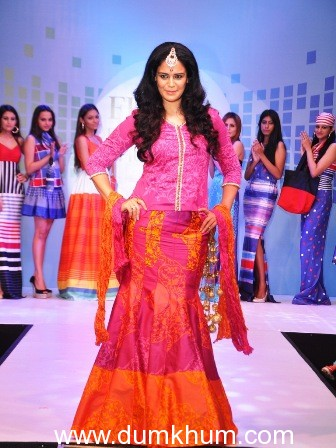 Mona Singh and Vanya Mishra walk the ramp at the launch of Tangerine Home Couture