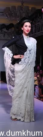 Bollywood celebrities Evelyn Sharma and Karisma Kapoor sizzle the ramp at Athenia- A Bridal Exposition