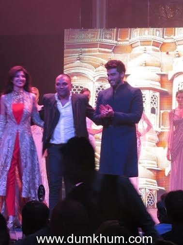 Arjun kapoor, Rakesh Roshan, Shilpa Shetty etc in Singapore Indian Icon of the Year