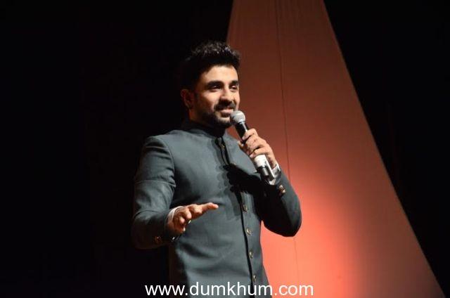 Tusshar Kapoor enjoys weekend in Vir Das' company!