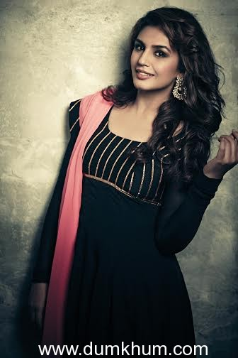 Huma Qureshi distributes blankets every winter