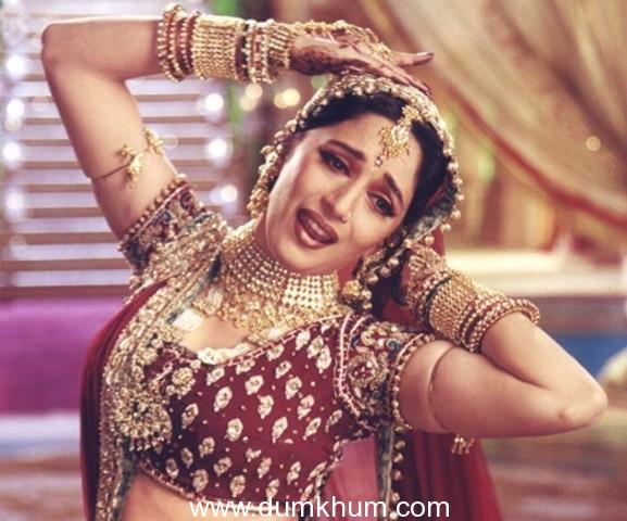 Pernia to Organise Special Film Screening for Madhuri