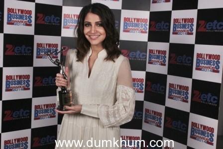 Aamir Khan & Anushka Sharma top the ZETC Bollywood Business Awards, 2014