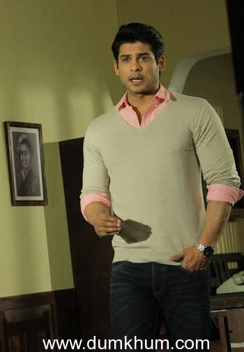 Sidharth Shukla joins the India's Got Talent family as host!