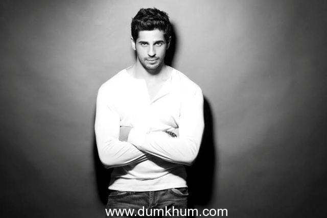 Sidharth Malhotra has the maximum followers on twitter among the younger lot of actors