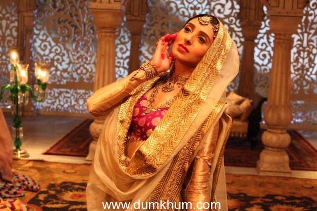 Helen praises Pernia for her dance performances in Jaanisaar