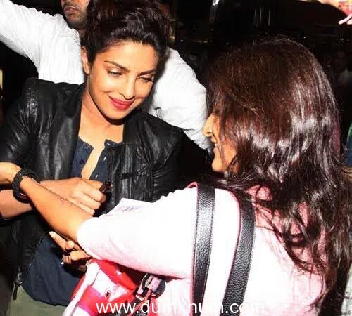 An avid fan gets Priyanka Chopra's autograph tattooed on her wrist