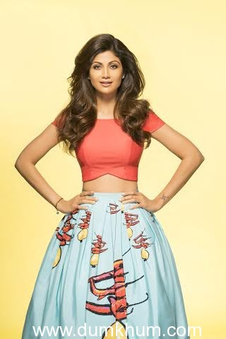 """Shilpa Shetty Kundra sports the """"nimbu-mirchi"""" look on the cover of her book – The Great Indian Diet."""