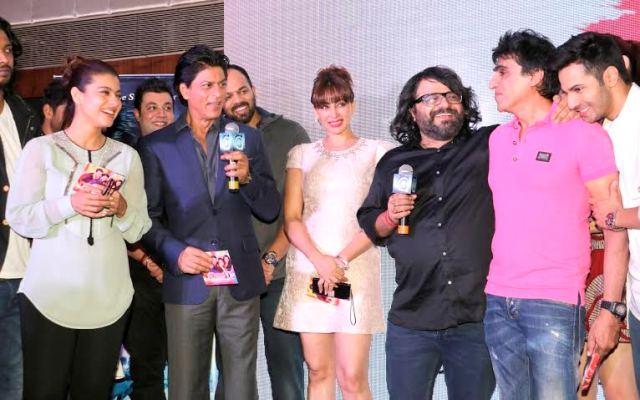 2. Kajol, Shahrukh Khan, Rohit Shetty DJ & Actor Shilpi Sharma, Pritam, Karim Morani, & Varun Dhawan _
