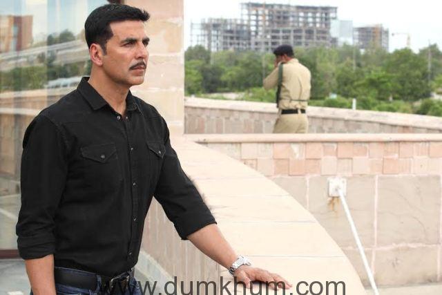 Akshay Kumar - -