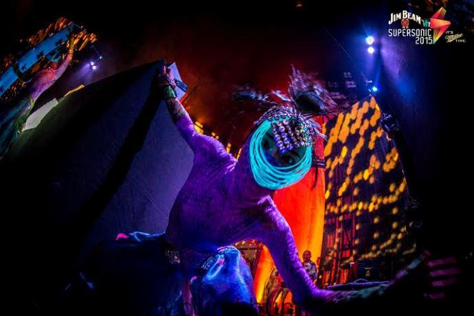 Brining out the wild party animal in you at Vh1 Supersonic 2015