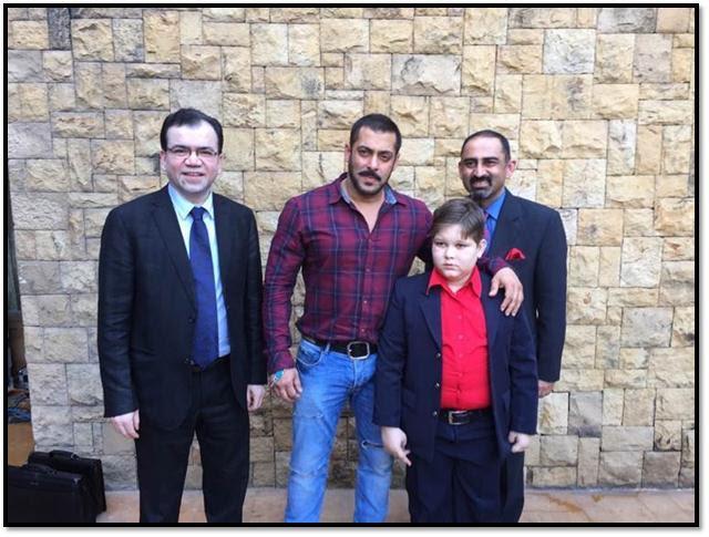 Dr Subash Gupta, Salman Khan, Abdul and Dr Anupam Sibal in Mumbai