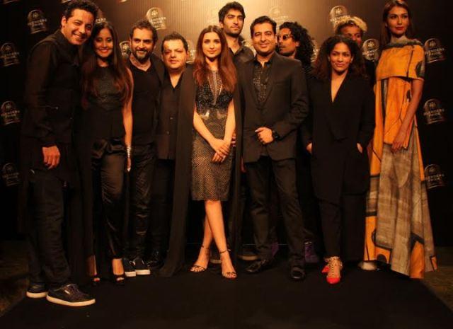 Gaurav Raina Singer Apeksha Dandekar, Karsh Kale, Rahul Khanna, Parineeti Chopra Drummer Shardul, Rohit Gandhi, Randolph aka Func, Designer Masaba, Model wearing Masaba's creation