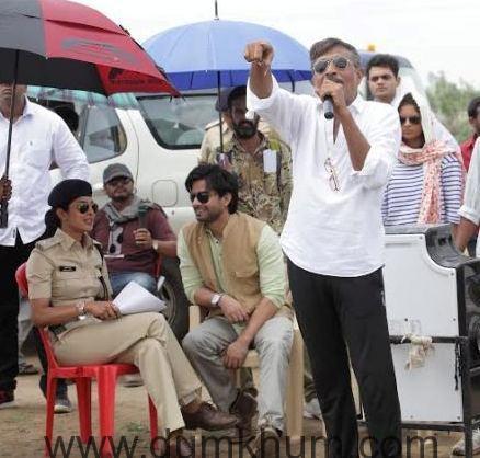 Priyanka Chopra's Family Drama On 'Jai Gangaajal-1