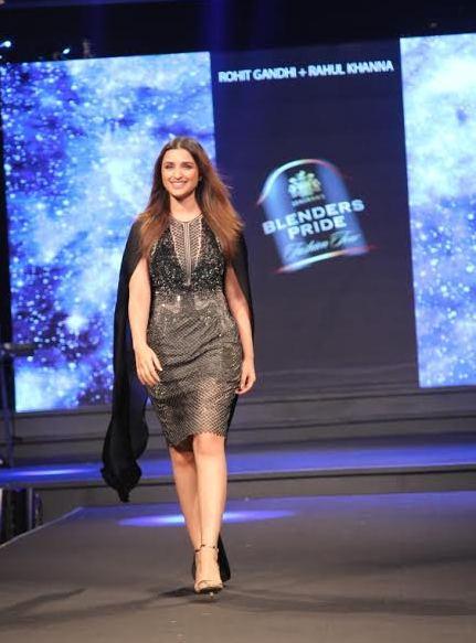 Showstopper Parineeti Chopra-