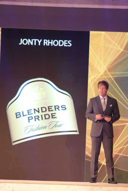 Style Blender Jonty Rhodes at Blenders Pride Fashion Tour 2015 in Mumbai--