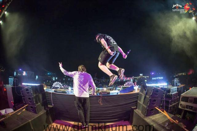 Vh1 Supersonic delivers upon its promise to give YOU the best in dance music!-