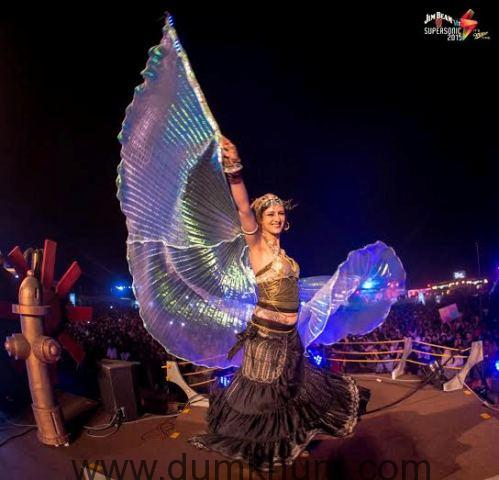 Vh1 Supersonic delivers upon its promise to give YOU the best in dance music!-1