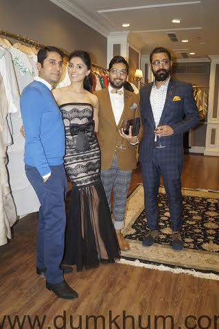 Pernia Qureshi launches Vineet Bahl's collection on Pernia's Pop Up Shop-
