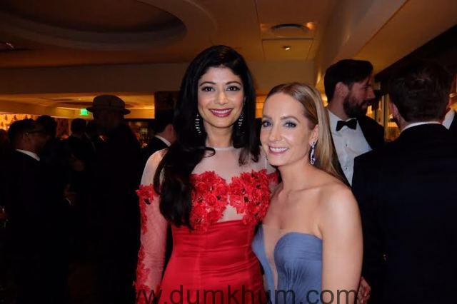 Pooja Batra stuns at the red carpet of the 73rd Golden Globe Awards-1
