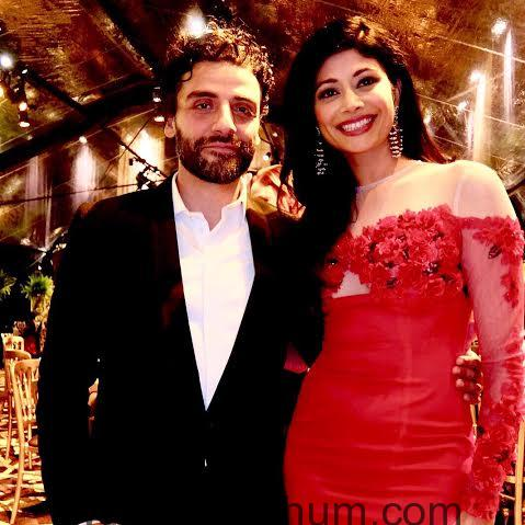 Pooja Batra stuns at the red carpet of the 73rd Golden Globe Awards!