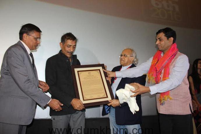 Prakash Jha Gets A Royal Felicitation At Jaipur International Film Festival-1