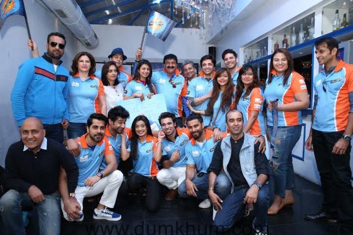 Pune Anmol Ratn team players @ the Pune Anmol Ratn Team & Jersey launch.