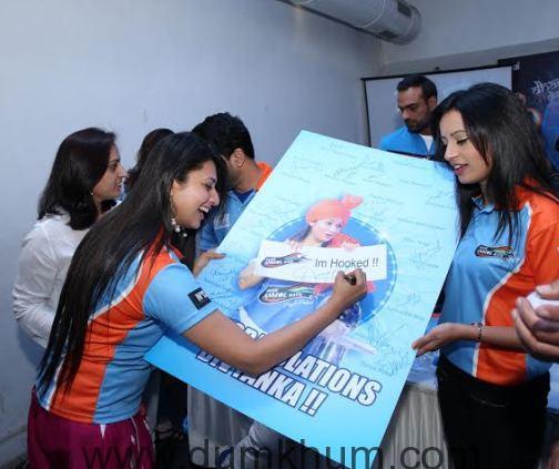 Team Pune Anmol Ratn congratulates Divyanka Tripathi on her engagement