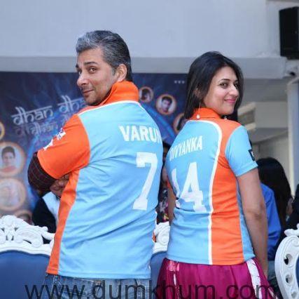 Varun Badola, (Captain), Divyanka Tri ... ne Anmol Ratn Team & Jersey launch