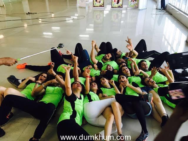 Ken Gosh directs Team Mumbai Tigers Anthem in Selfie mode-1
