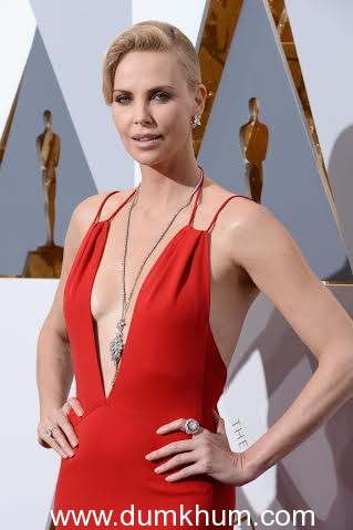 HOLLYWOOD, CA - FEBRUARY 28: Actress Charlize Theron attends the 88th Annual Academy Awards at Hollywood & Highland Center on February 28, 2016 in Hollywood, California. (Photo by Frazer Harrison/Getty Images)