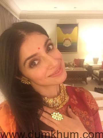 Divya Khosla Kumar rocks the Goenka wedding in Kolkatta!